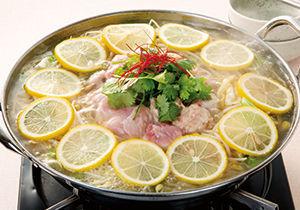 レモン鍋にもおすすめ!【お取り寄せネット】審査員太鼓判の米粉の皮の塩レモン餃子で餃子います!